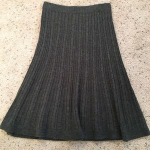 H&M Gray Pleaded Sweater Skirt - Size S
